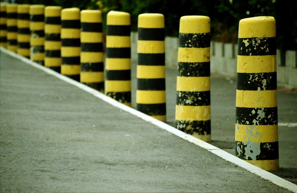 bee-like bollards